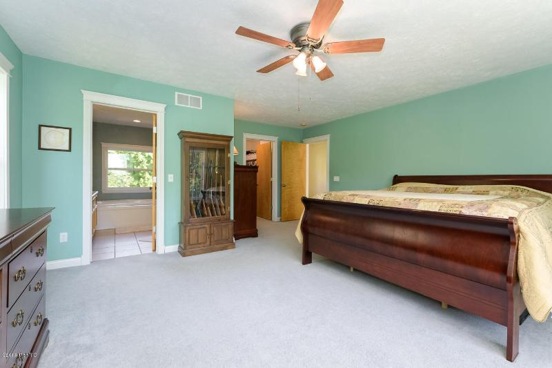 Listing Photo for 3522 W Cloverdale Road