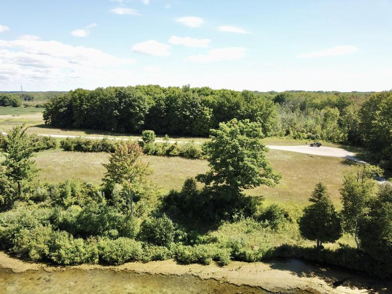 Listing Photo for 4 Waters Edge Drive
