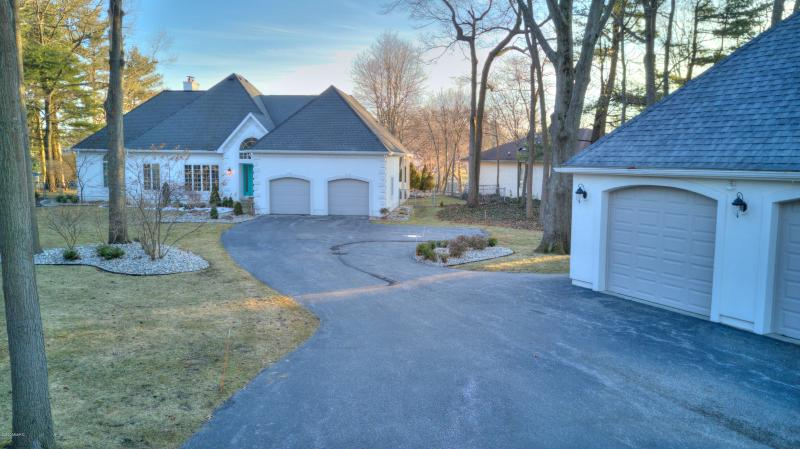Listing Photo for 1635 Rood Point Road