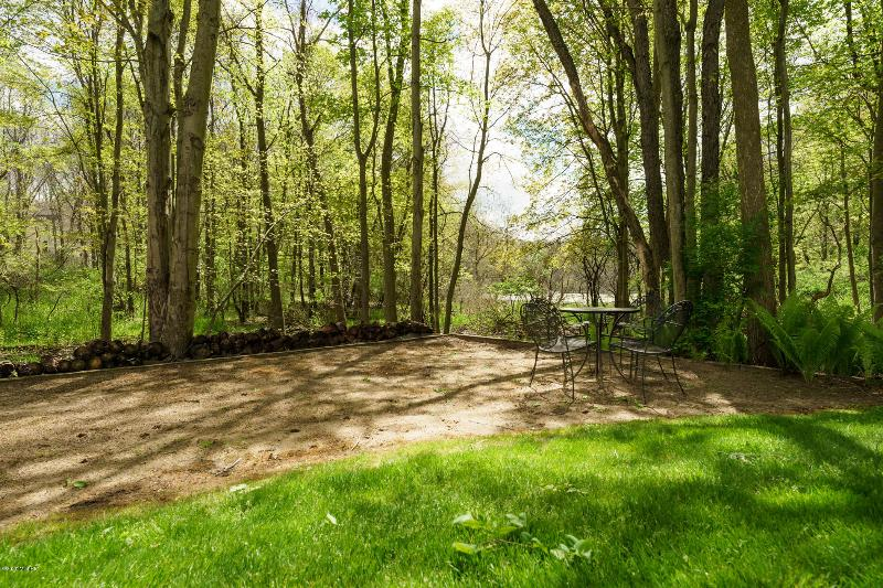 Listing Photo for 6343 Whitney Woods