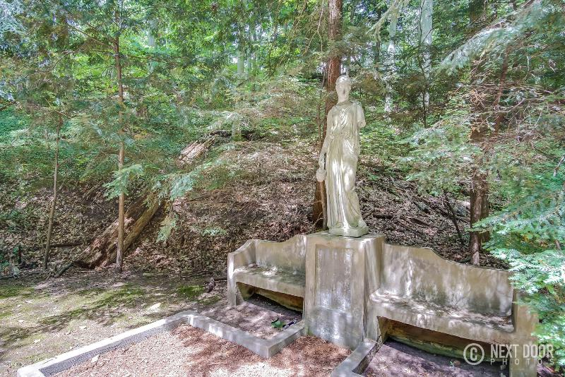 Listing Photo for 6687 Indian Pipe Circle