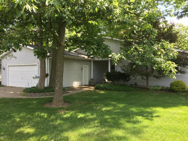 Listing Photo for 257 Dons Drive