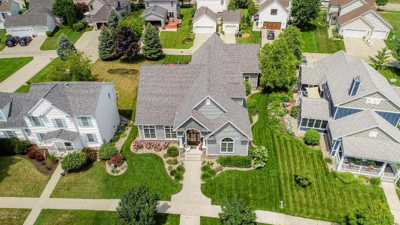 Listing Photo for 583 Summer Ridge Parkway Parkway