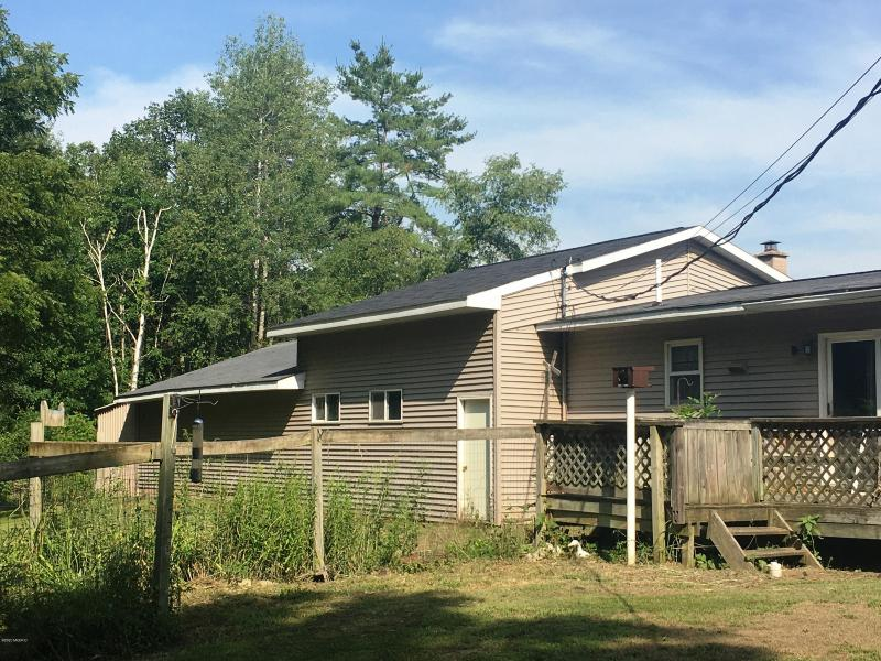 Listing Photo for 1091 W Chippewa River Road