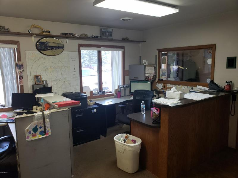 Listing Photo for 460 E David Highway
