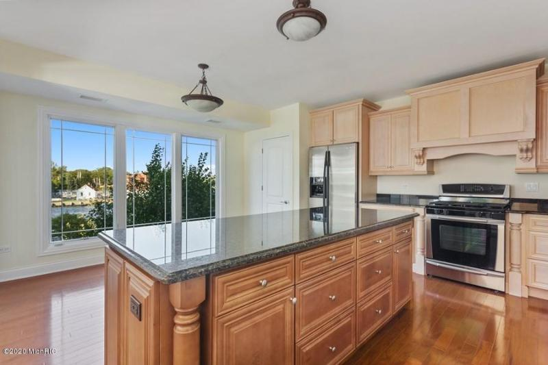 Listing Photo for 200 Lake Street 3B