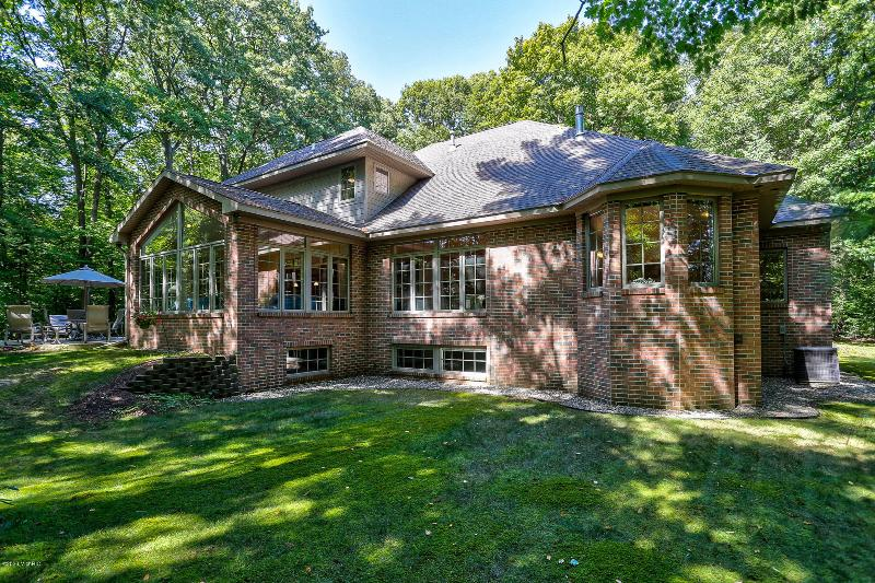 Listing Photo for 16850 Shore Oaks East Lane