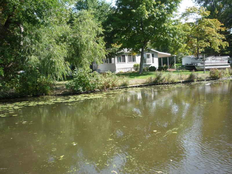 Listing Photo for 8018 Wildwood Road