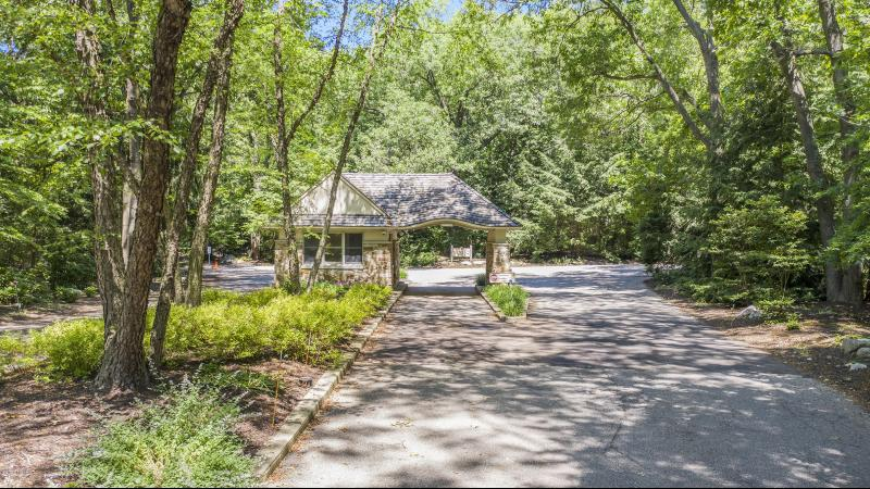 Listing Photo for 18395 Dunecrest Drive