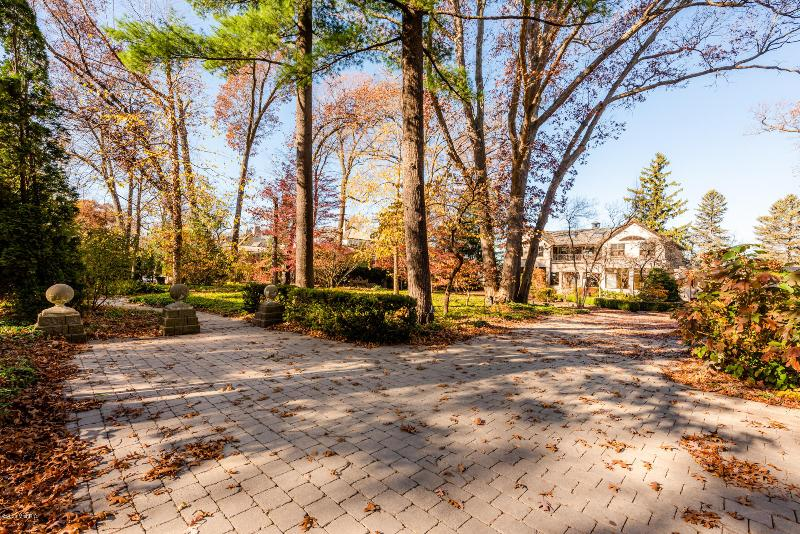 Listing Photo for 11059 Marquette Drive