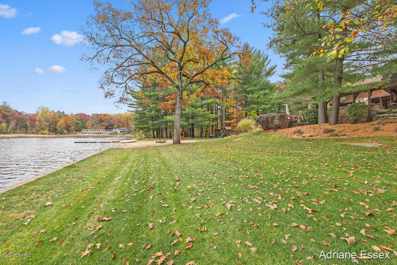 Listing Photo for 170 Hunter Lake Drive