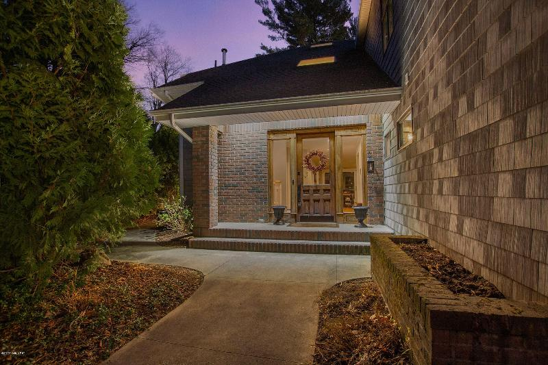 Listing Photo for 18064 Lovell Road