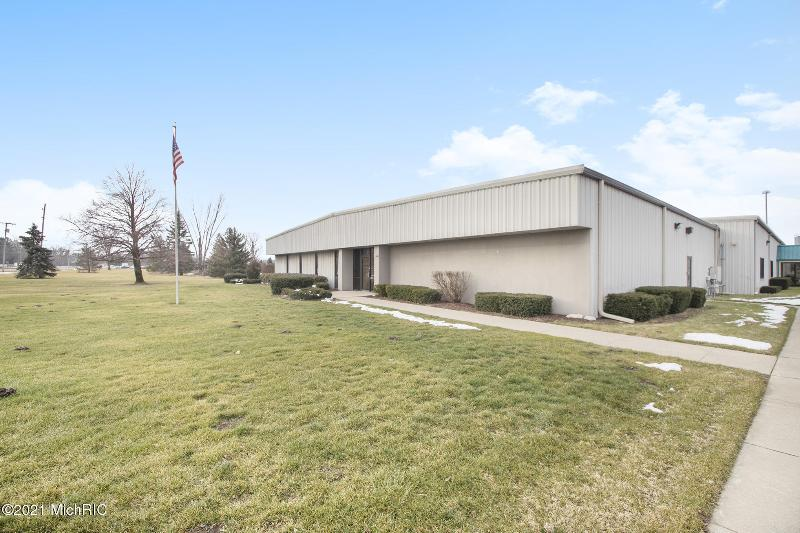 Listing Photo for 2390 Pipestone Road