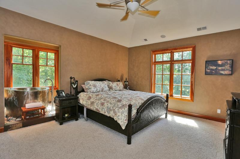 Listing Photo for 7355 River Trace Drive
