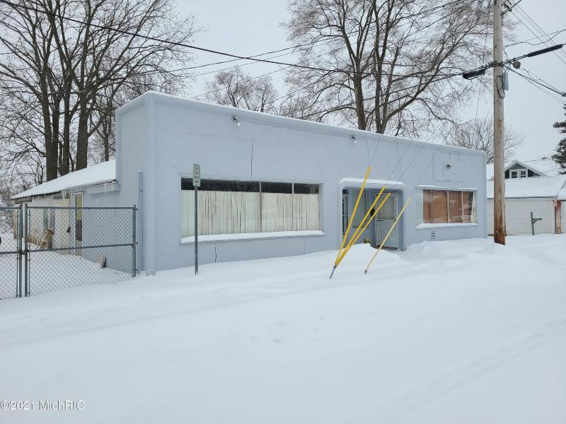 Listing Photo for 660 Capital Avenue