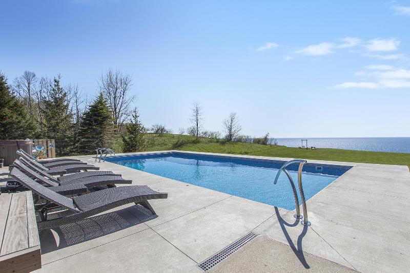 Listing Photo for 4209 S Lakeshore Drive