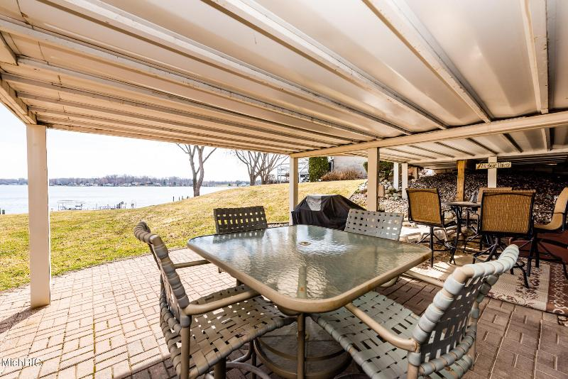 Listing Photo for 5227 Paw Paw Lake Road