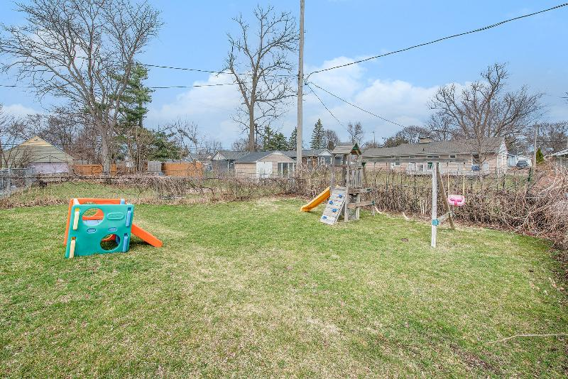 Listing Photo for 436 Surby Avenue