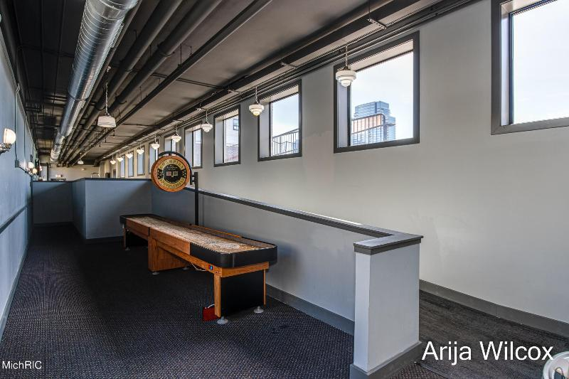 Listing Photo for 600 Broadway Avenue 125