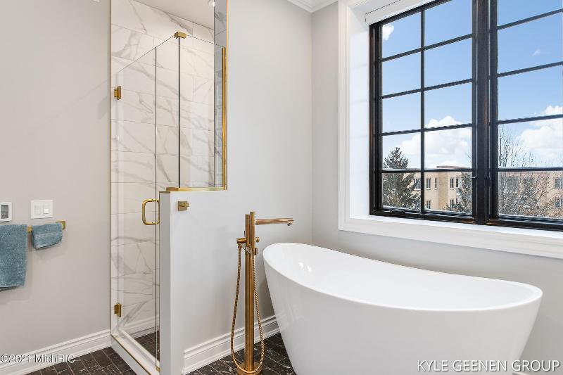 Listing Photo for 141 Central Avenue 330