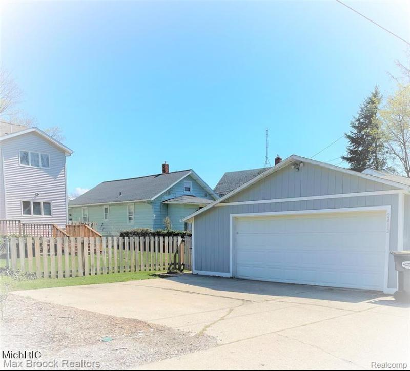 Listing Photo for 2412 Niles Avenue