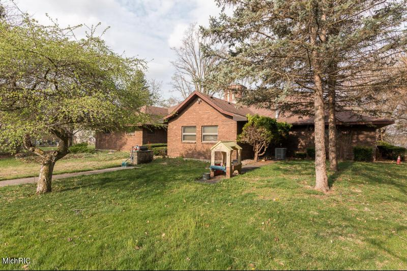 Listing Photo for 68681 M 51
