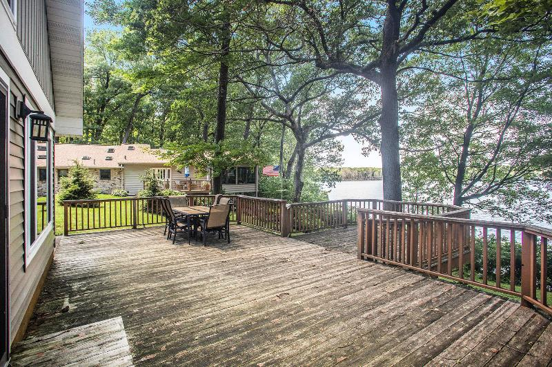 Listing Photo for 435 Pretty Lake Heights