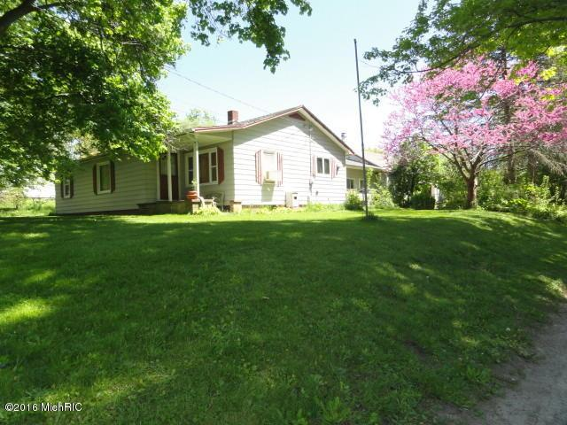 Listing Photo for 224 Plains Street