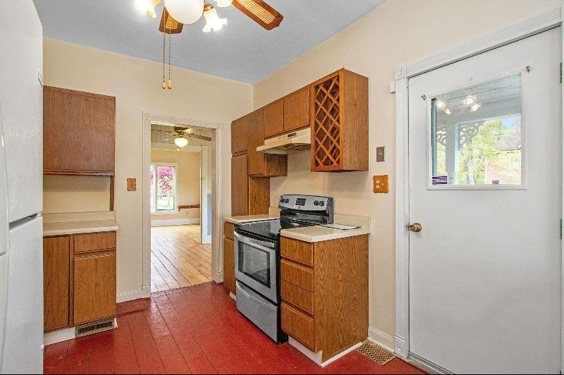 Listing Photo for 634 W Prospect Street