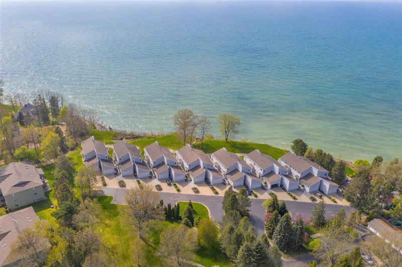 Listing Photo for 3690 Woodgate Drive 14