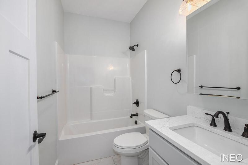 Listing Photo for 120 E Sheridan Street