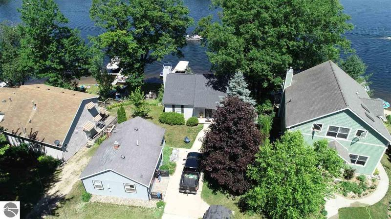 Listing Photo for 395 N Crooked Lake Drive