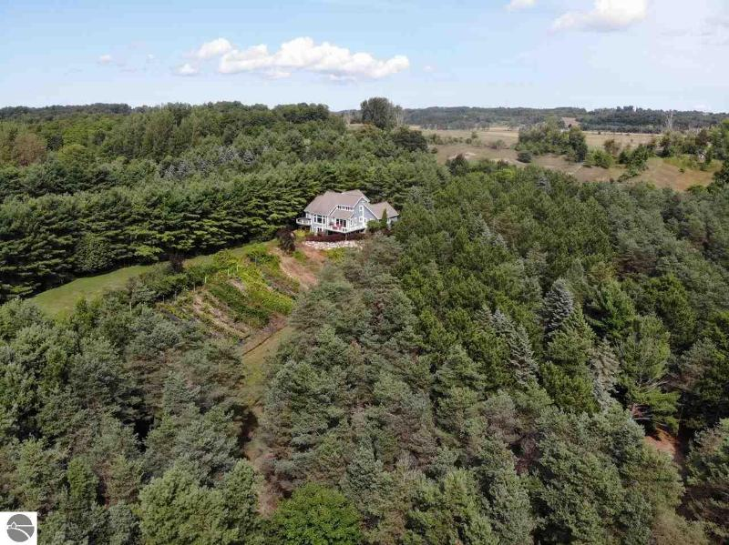 Listing Photo for 7395 Lakeview Hills Road
