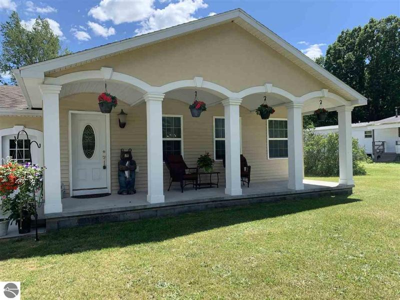 Listing Photo for 6545 W Goose Lake Road