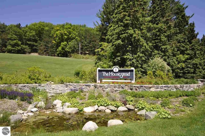 Listing Photo for 21 Vantage Pointe
