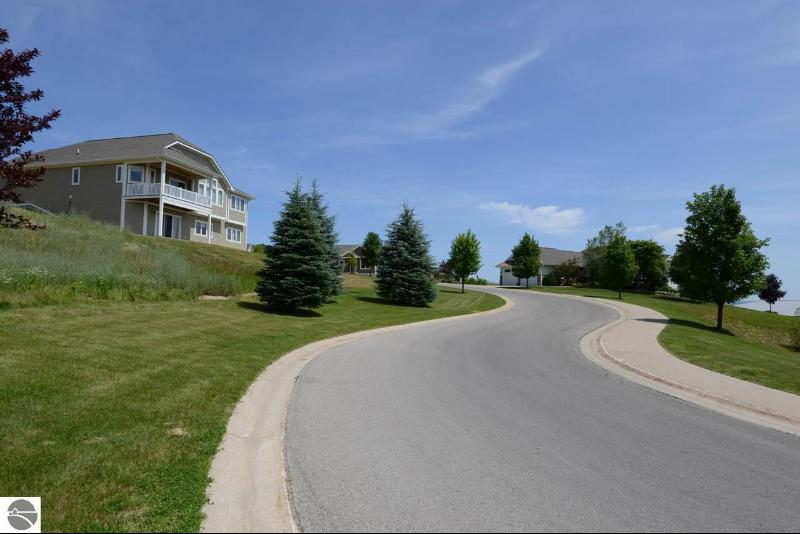Listing Photo for 4221 Eagles View