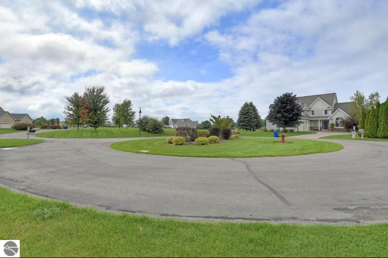 Listing Photo for 4148 Wolverine Drive