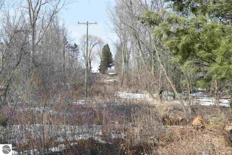 Listing Photo for 7577 E Beal City Road