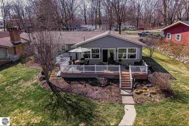 Listing Photo for 4753 Lakeside Drive
