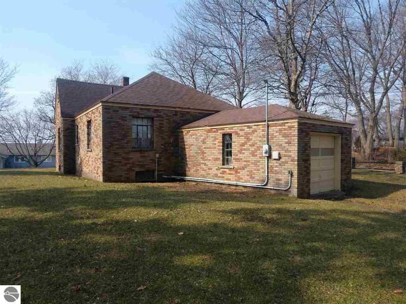 Listing Photo for 5625 Mabel
