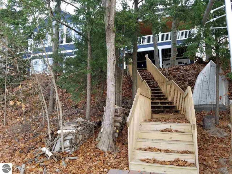 Listing Photo for 353 Paradise Point Trail