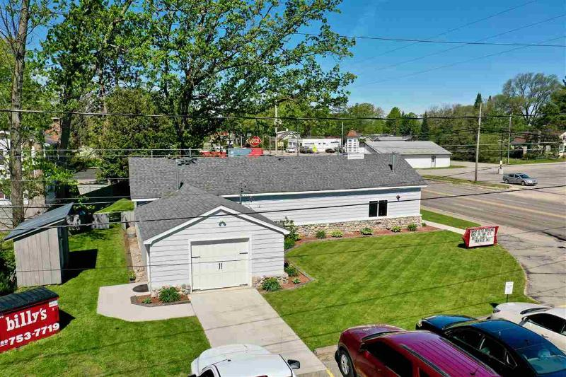 Listing Photo for 939 W Houghton Lake Drive