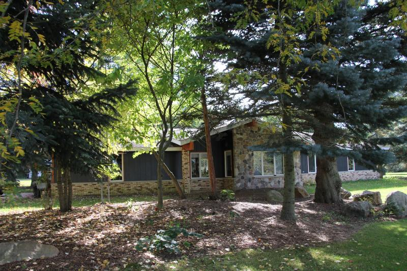 Listing Photo for 2950 Applegate Road
